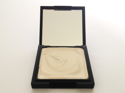FACE Stockholm Cream Highlighter in Dignity ($25)