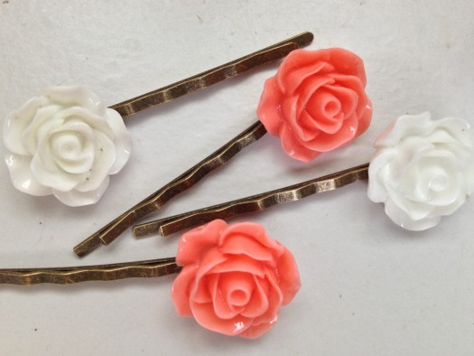 This month Julep also included floral hair pins as a surprise extra. Super cute! The white and coral are perfect for summer.